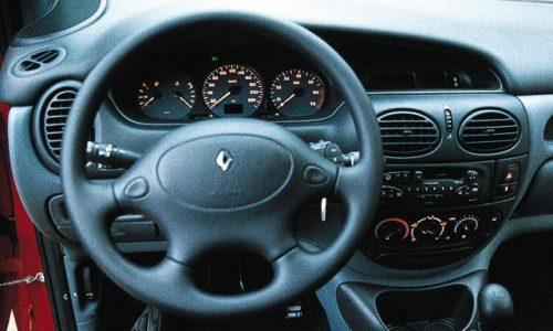 Auto dell'anno 1997 – RENAULT MEGANE SCENIC