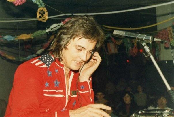Riccardo Cioni In America DJ curiosando