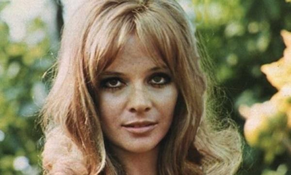 LAURA ANTONELLI … mitica attrice sexi anni 70