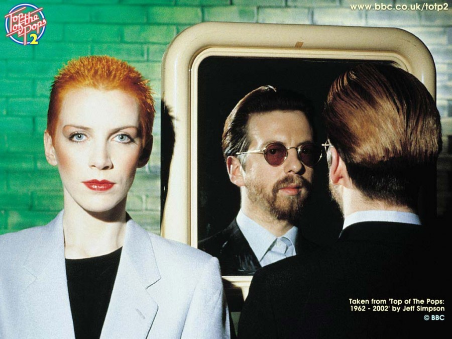 eurythmics SWEET DREAMS TOP OF THE POPS