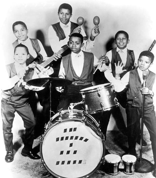 I Jackson five nel 1966 - Mickael è l'ulitimo a sinistra