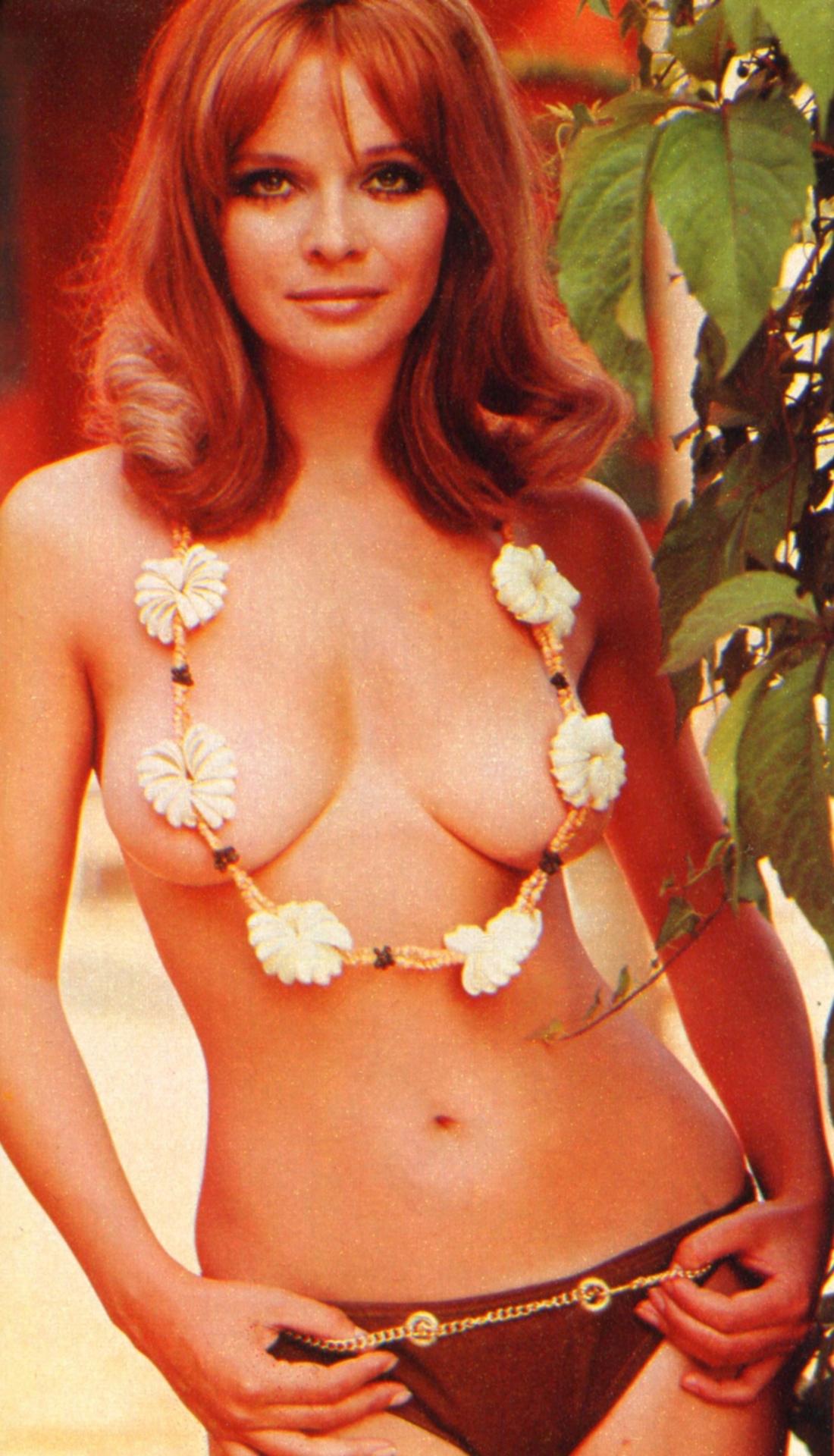 La bellezza unica di Laura Antonelli - 1975 -