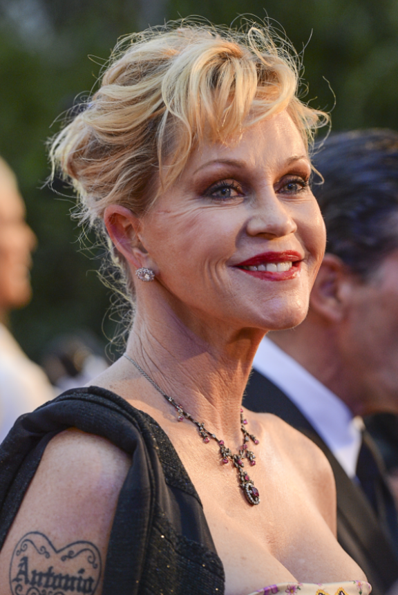 melanie-griffith-plastica-2013-oggi-now