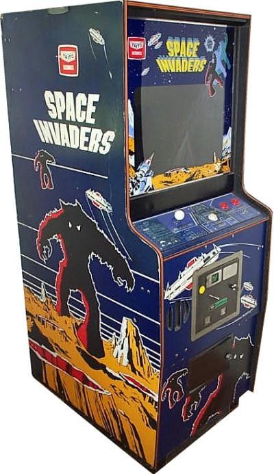 space invaders sala giochi cabina