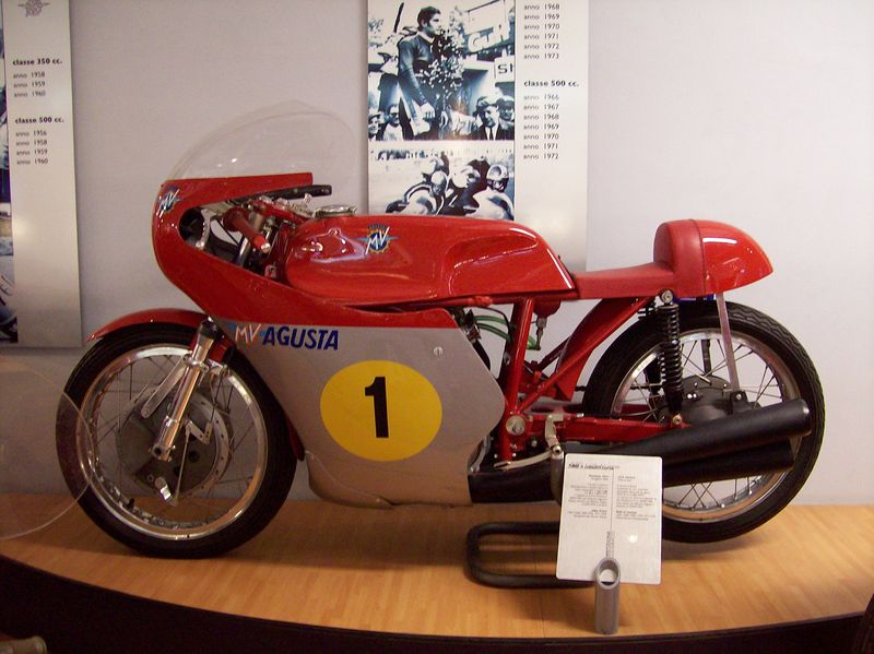 giacomo agostini mv agusta 500 1973