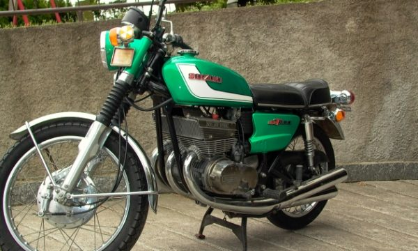SUZUKI 380 GT – (1972) – Giappone