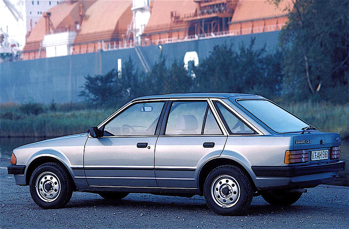 ford_escort_auto_anno_1981