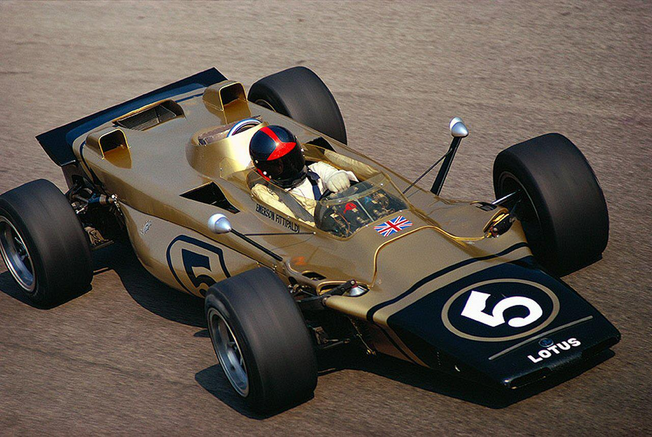 Emerson Fittipaldi su Lotus 56B - 1971