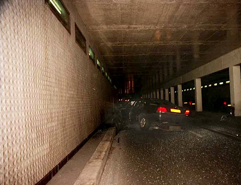 incidente-diana_Crash_tunnel