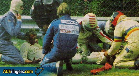 Niki Lauda soccorso dopo l'incidente