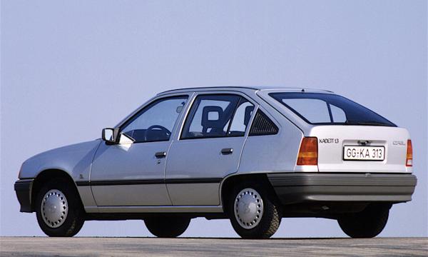 OPEL KADETT E – Auto dell'anno 1985