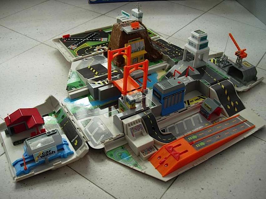 camper_micro_machines_giocattoli_vintage