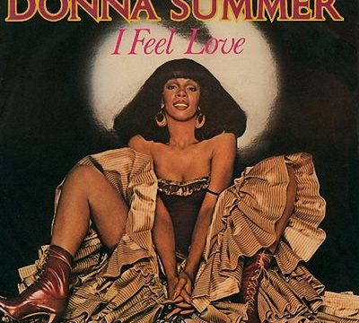 I FEEL LOVE / HOT STUFF – Donna Summer – (1977/1979)