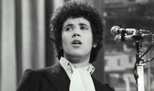 amarsi un pò lucio battisti 1977