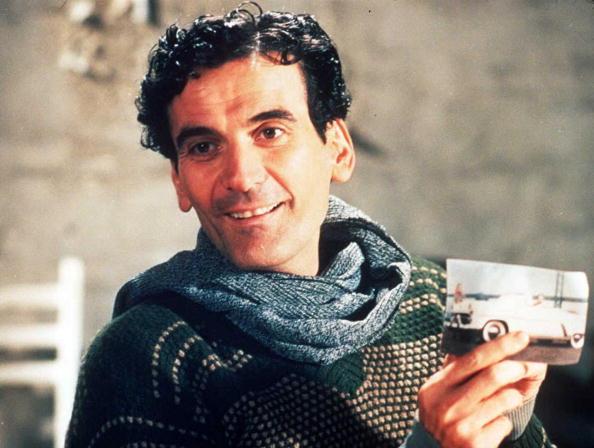 massimo troisi attore morto 1994 il postino