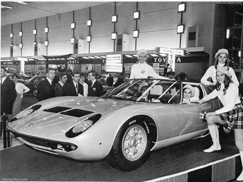 Lamborghini-Miura_Roadster_1968_ presentazione