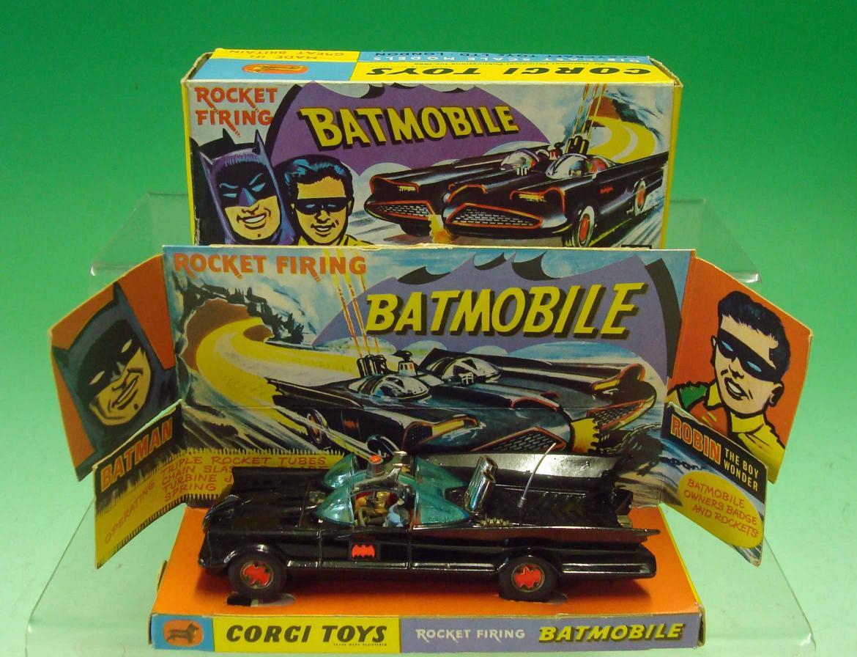 corgi toys batmobile anni 60