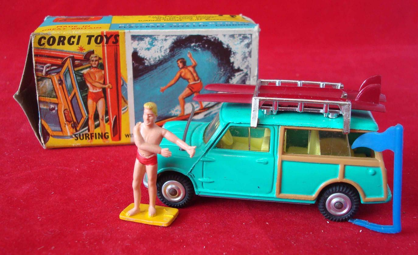 corgi-toys-mini-countryman-vintage