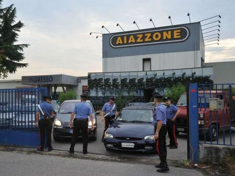 aiazzone_arresti