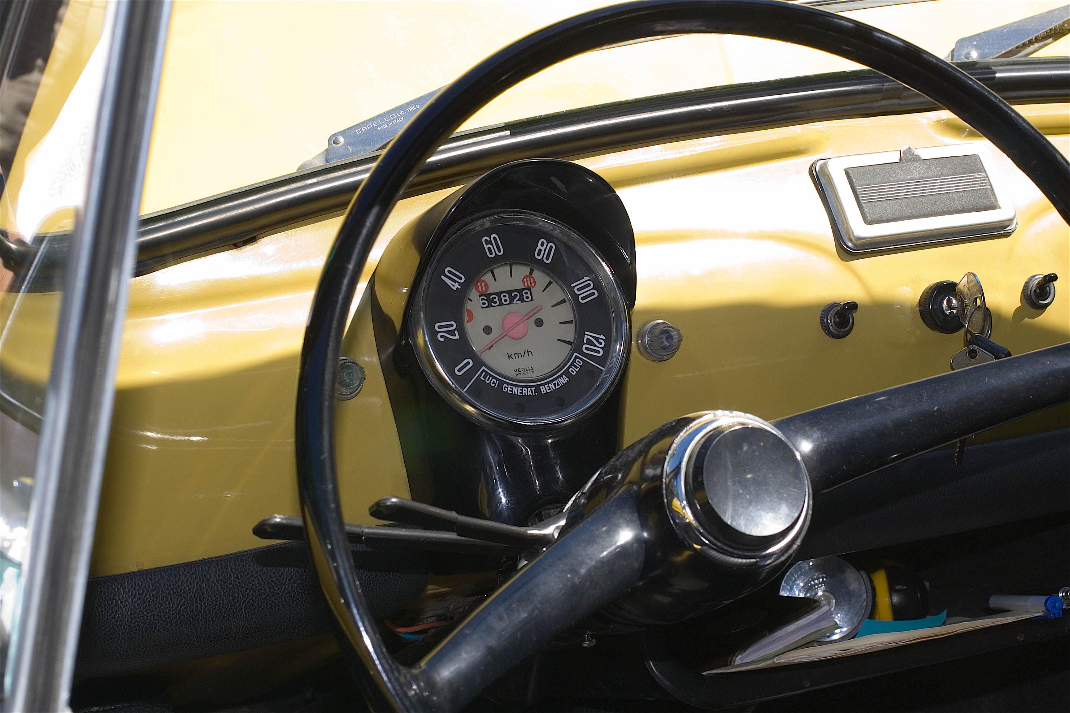 Fiat_500_r_cruscotto
