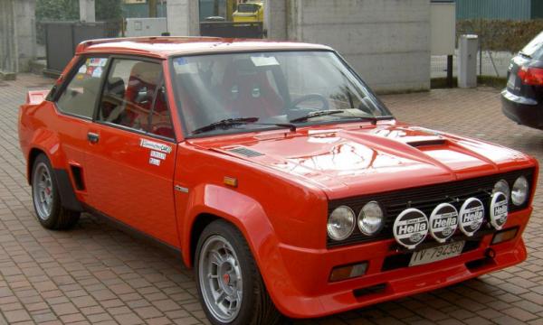 Storia dell'auto: FIAT 131 ABARTH RALLY