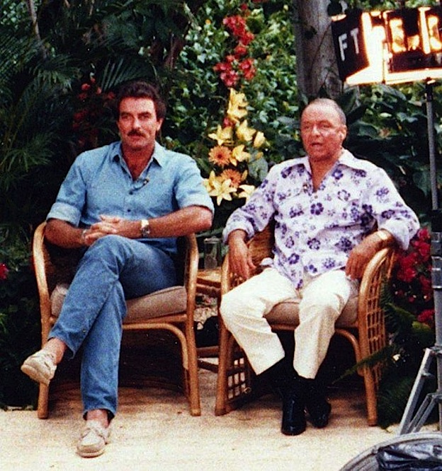 tom-selleck-and-frank-sinatra-on-the-set-of-magnum-pi-rolex-gmt-master-pepsi-movies-magum-pi
