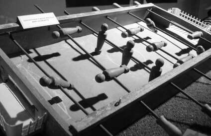 Calcio balilla biliardino giocattolo vintage anni 70 - Calcio balilla tavolo ...