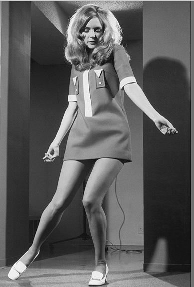 sports shoes 8a4f4 246e0 MINIGONNA – La sua storia – (Dal 13 Marzo 1965)