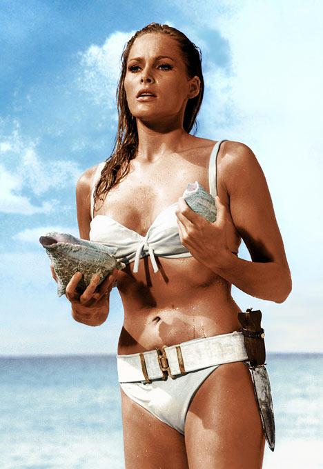 ursula andress in bikini james bond