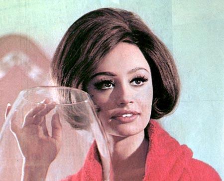 Raffaella carra- anni 60