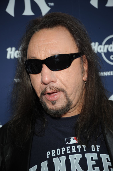 ace frehley now ora
