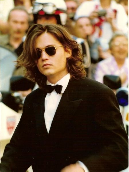 Johnny_Depp_Cannes_1992