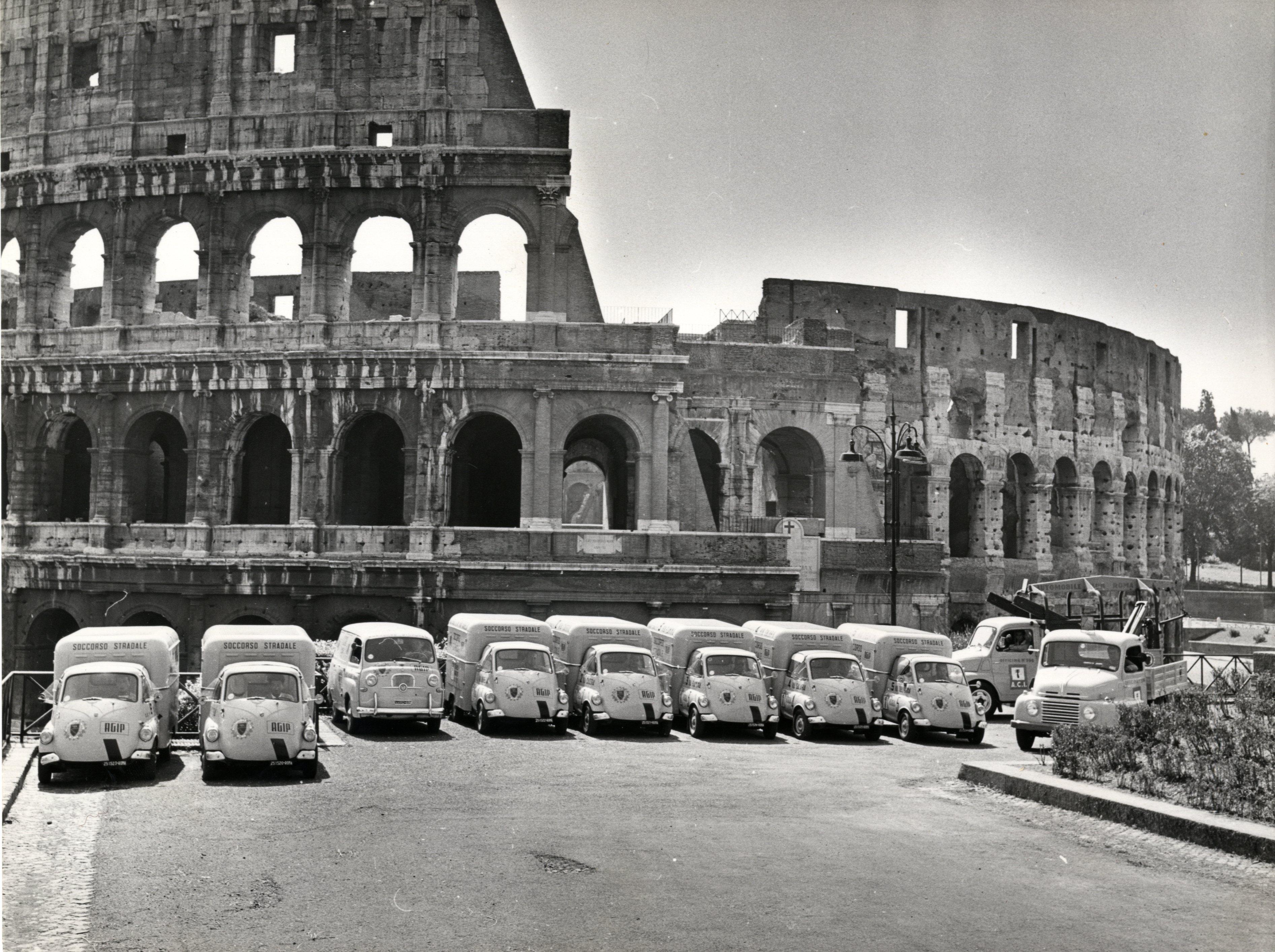 Srevizio assistenza auto mezzi stradali agip e aci 1956