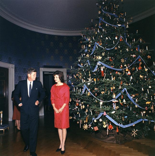 Decorazioni Natalizie Anni 50.Albero Di Natale Curiosando Nel Passato Con Tante Belle Foto
