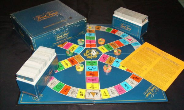 TRIVIAL PURSUIT – Hasbro – (1981)