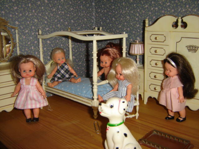 collezione bambole minifurga