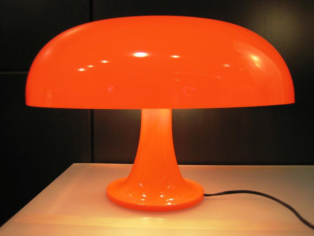 nesso lampada artemide 1965 luci