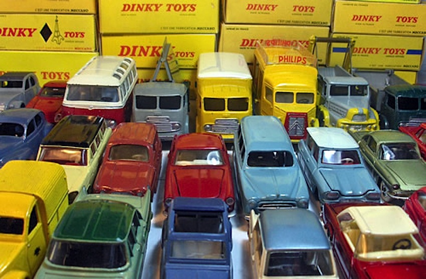 Passione Dinky Toys collezione