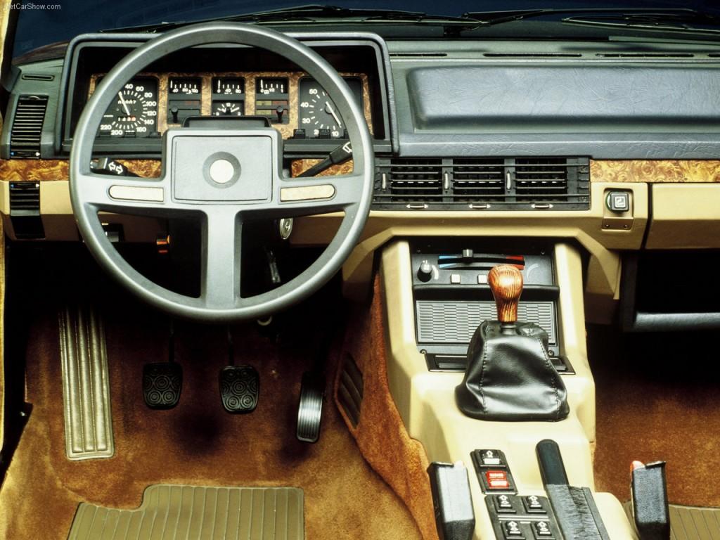 alfa 6 interni 1983