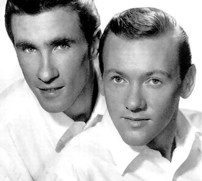 UNCHAINED MELODY (Ghost) – Righteous Brothers – (1965/1990)