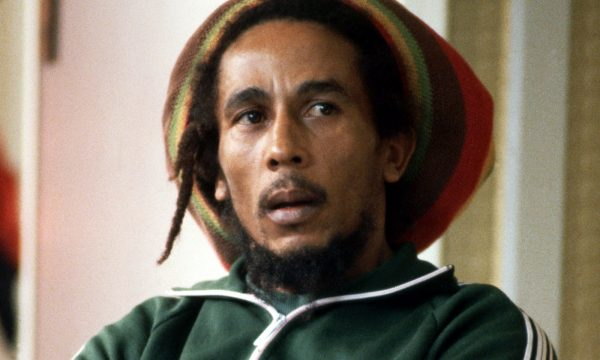 Canzoni che hanno fatto epoca: NO WOMAN NO CRY / JAMMIN' / COULD YOU BE LOVE / – Bob Marley – (1974/1976/1980)
