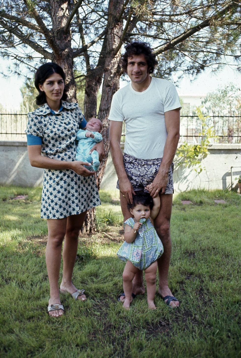 Giorgio Chinaglia con sua moglie e i figli