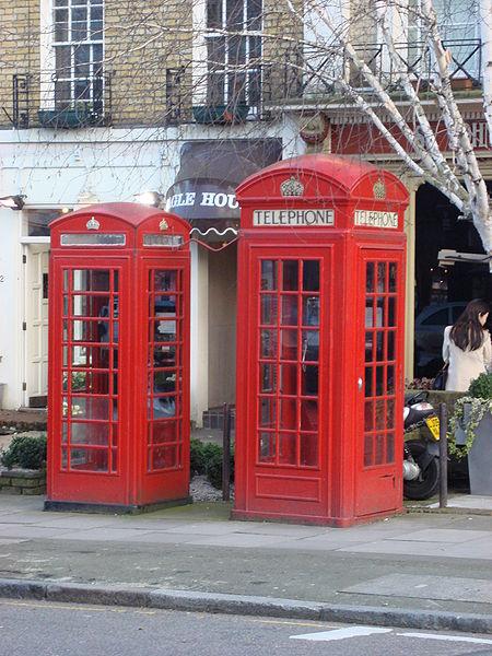 Cabina telefonica cose del passato curiosando anni 70 for Cabina telefonica inglese arredamento