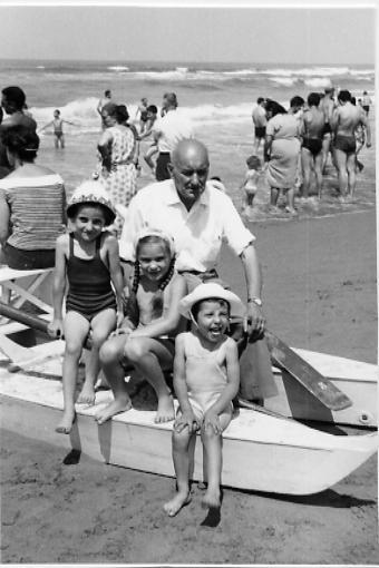 pattino foto di famiglia bagno 1970