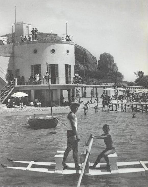 pattino in acqua bagno anni 50
