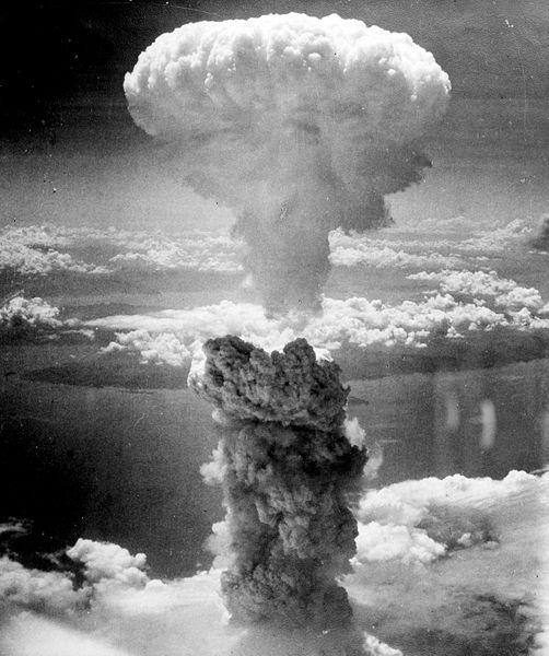 enola gay esplosione nakasaki 1945