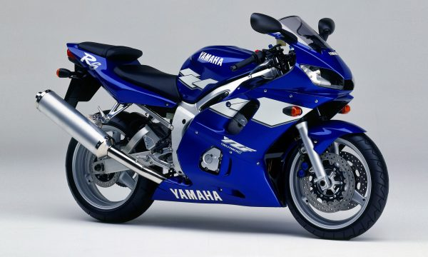 YAMAHA YZF – R6 – (Dal 1999) – Giappone