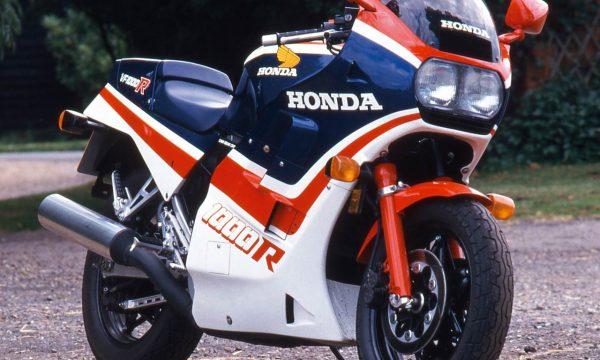 HONDA VF 1000 – (1984/1988) – Giappone