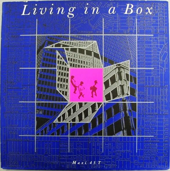 living in a box 45 copertina