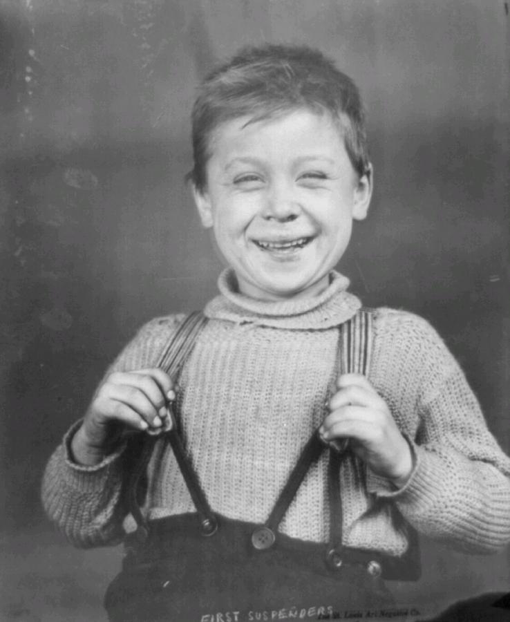 bretelle foto primi anni del 900 con bambino